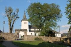 Bleialf-Kirche 001