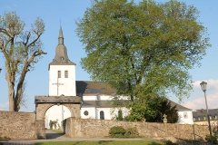 Bleialf-Kirche 003